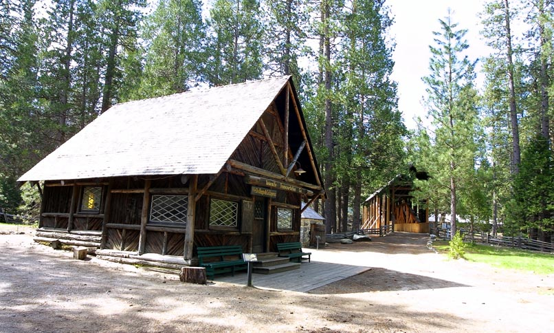 Wawona pioneer center