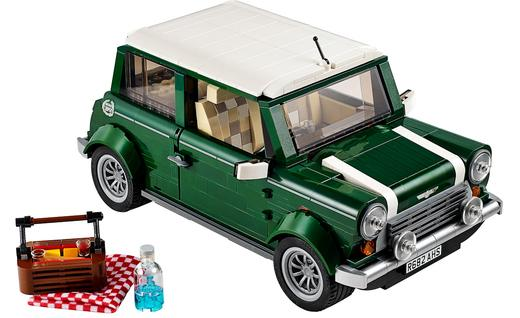 lego-mini-cooper-creator-kit-photo-603601-s-520x318